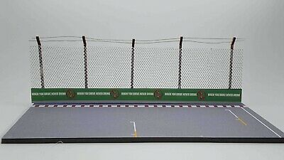 FRG 1/43 Grid Straight F1 Model Track Diorama Base Crash Barrier & Safety Fence  • 19.99£