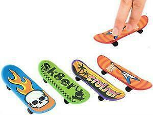 Finger Skateboard  - Party Bag Filler - Choose Quantity  • 2.49£