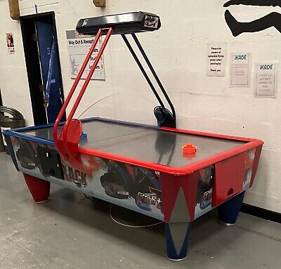 SAMS Air Hockey Table Fast Track Coin Operated • 2,200£