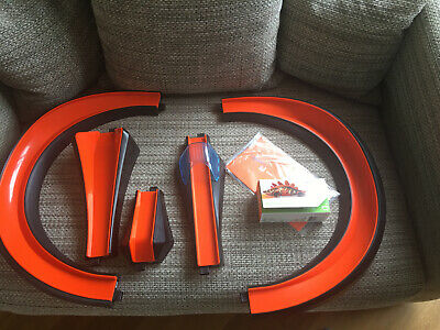 Hotwheels ID Track Expansion Pieces Plus An ID Car • 25£