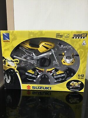 NewRay 1:12 Model Kit Suzuki GSX-R600 • 1.20£