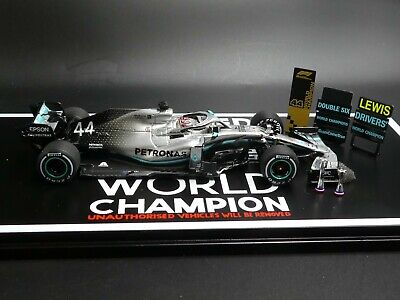 Spark 1:43 Lewis Hamilton Mercedes W10 US GP F1 2019 World Champion + Boards Etc • 45£