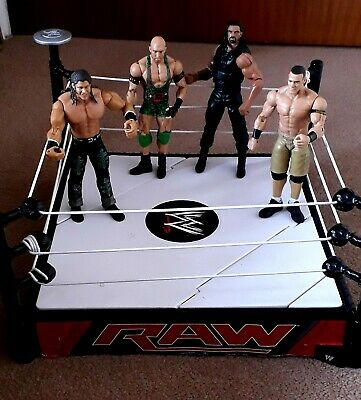 WWE Raw Wrestling Ring Plus 4 Figures • 10£