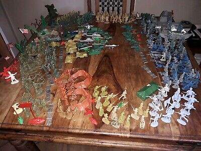 Job Lot Of 280+ Toy Soldier Figures - 1970's - Including All Accessories • 15£