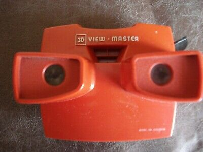 *** VINTAGE RED 3D VIEWMASTER Slide Viewing Toy GAF  And 16 Reels *** • 44.99£