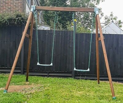 Wooden Double Swing • 85£