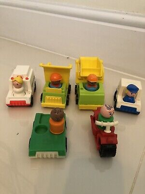 VINTAGE FISHER PRICE LITTLE PEOPLE - 6 Vehicles And People • 7£