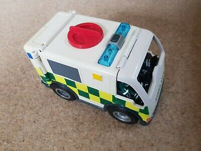 Fisher Price Imaginext Ambulance With 2 Paramedics And Stretcher • 4.50£