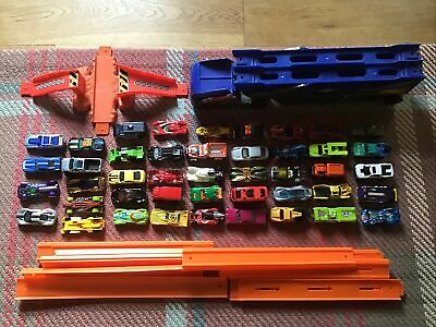 44 Hot Wheels Cars Track Jump And Transporter • 10£