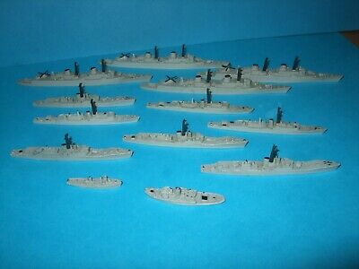 Triang Minic Ships, 13 Unboxed Warships. Lot One • 41£