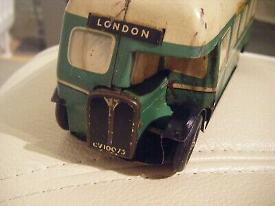 VINTAGE Chad Valley MADE IN ENGLAND CLOCKWORK TINPLATE 40s COACH LIGHT GREEN • 54.99£