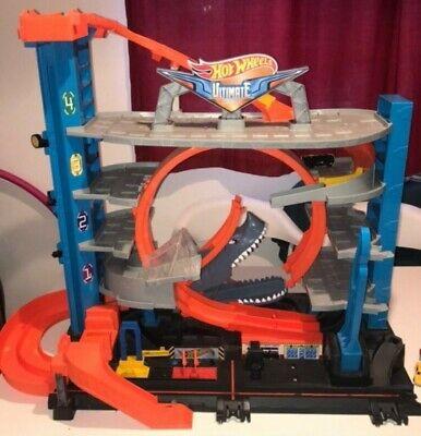 Hot Wheels Ultimate Garage Shark • 50£