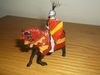 Vintage  Timpo   Lead Figure,  Knight On Horse With  Shield • 13.50£