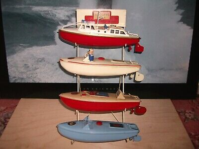 Sutcliffe Boat Stand For 9 Inch Hulled Motor Boats. • 100£