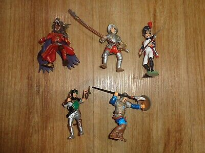 Vintage Papo Action Figures X 5 Cavalier, Soldier, Moors & Animal Knight, Vgc • 12.99£