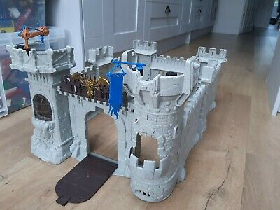 Knights Castle Playset • 12£