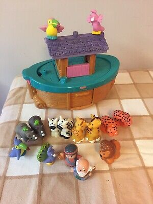 Fisher Price Noahs Ark Toy / Boat • 2£