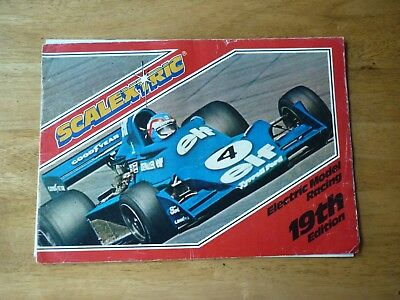 Scalextric 27 Circuits 1988 + 19th Edition Catalogue  • 4.50£