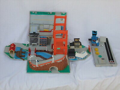 Galoob 1988 Micro Machine Super City Toolbox Playset Red & Grey - Near Complete • 69.95£