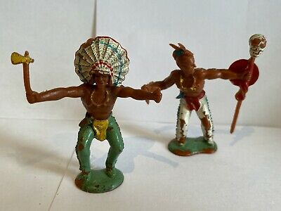 2 Vintage CRESCENT Native American Indians Painted Plastic Toy 1970s Era   • 8.99£
