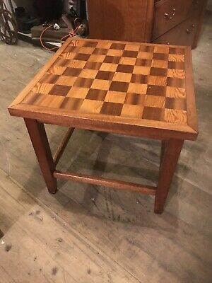 Wooden Chess Table • 39£