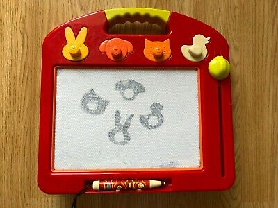 SKETCH PAD Magnetic Drawing Board B.TOYS Child Toy Etchasketch Toulouse LapTrec • 5£