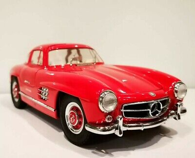 Mercedes Benz 300 SL Coupe Red Kyosho 1/18 Diecast Scale • 95£