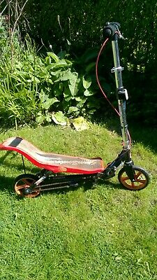 Space Scooter 8+years - Uttoxeter, Staffordshire • 5£