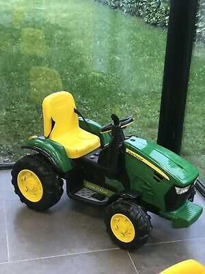 John Deere Electric Tractor • 220£
