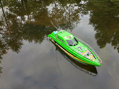 Large Yacht Radio Remote Control Rc Boat Racing High Speed 12KM/HR • 24.99£