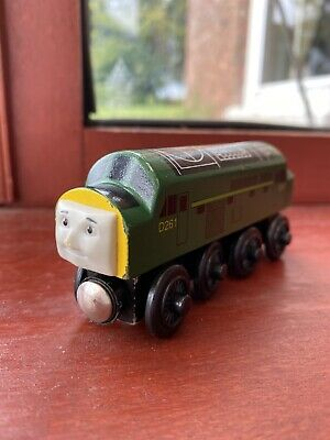 Thomas The Tank Engine Wooden Train - The Diesel D261 • 19.99£
