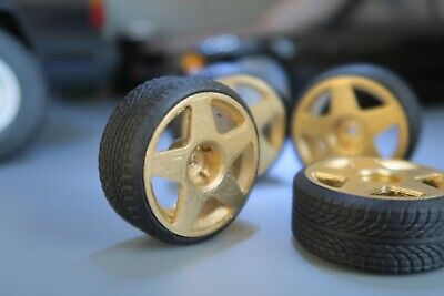 1/18 5 Spoke Wheels And Low Profile Tyres Diecast Diorama Gold • 16.99£