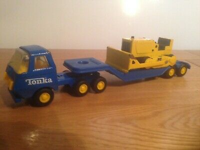 Tonka Vintage ( Canada ) Truck With Low Loader Trailer And Bulldozer ( No Box )1 • 25£