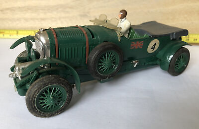 Tri-ang Scalextric 4.5 Litre Super Charged Bentley MM/C64 British Racing Green. • 49£