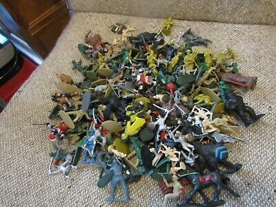 Toy Soliders [random] Mixed ,loft Find  • 1.99£