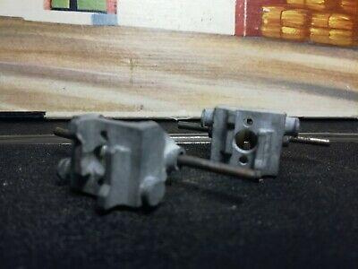 Scalextric Axle Carriers X 2 • 7£