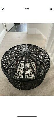 WWE Elimination Chamber And Ring • 10£