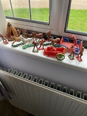 Britains Assorted Cowboys & Indians Toy Soldiers  • 9.95£