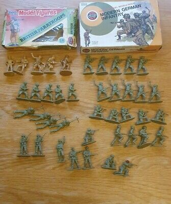 VINTAGE AIRFIX SOLDIERS 1/32 Boxes With Mixed Figures • 2.20£