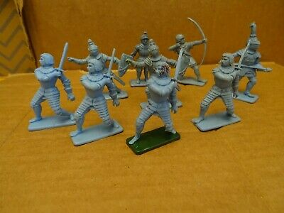 Kellogg's Knights By Crescent  10 Figures • 5.35£