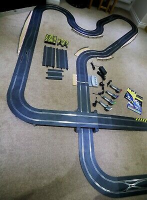 Scalextric Digital Large 2 Lane Layout Withcross Over, Curves, Side Swipes, Jump • 340£