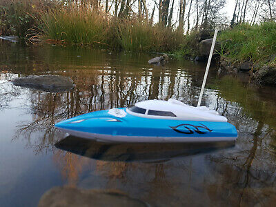 HQ Radio Remote Control Racing Speed Boat RC Boat Fast Speed 12km/h ( NEW BOXED) • 14.99£