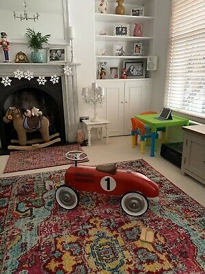 Classic Red Metal Ride-on Racing Car • 45£