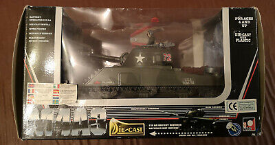 Toymark (New Ray) 1:32 Battery Operated Die Cast M4A3 Tank • 40£