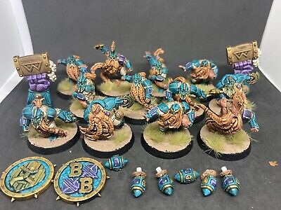 Blood Bowl Painted Dwarf Team Plus Tokens And Balls  • 125£