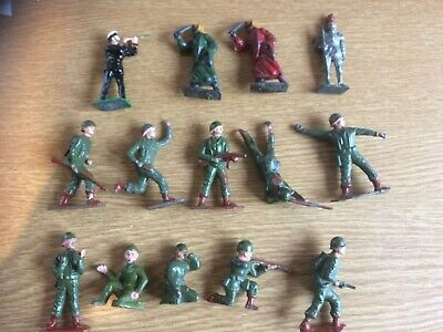 Crescent Metal/lead Figures X 14. Can Be Searated. • 50£