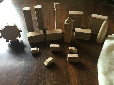 Wooden Building Blocks Of London In A Bag • 3£