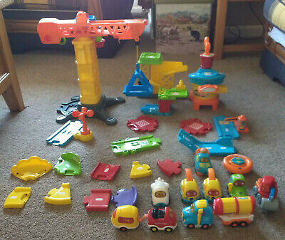 Vtech Toot Toot Play Set & Cars Bundle • 10.50£