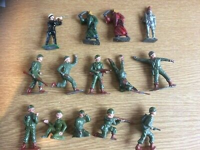 Crescent Metal/lead Figures X 14. Can Be Searated. • 30£