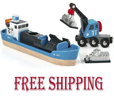 BRIO World - Harbour Freight Ship And Crane New • 26.49£